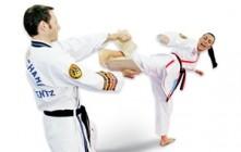Mulheres se rendem ao Taekwondo